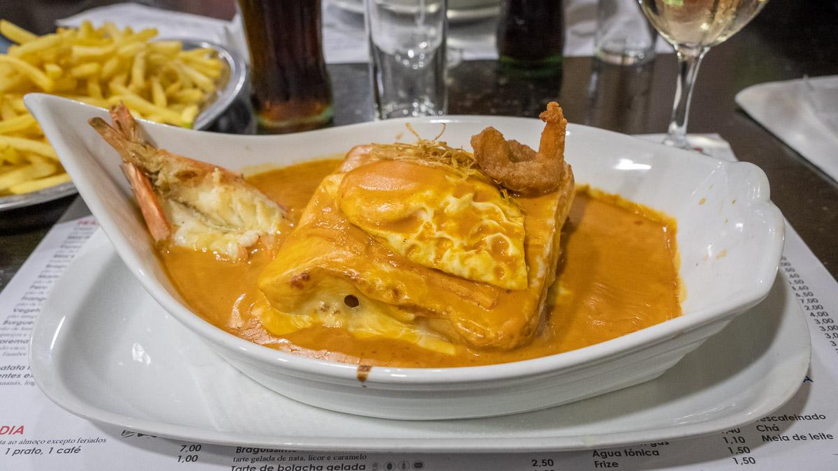 Restaurant Empfehlung: Francesinha essen